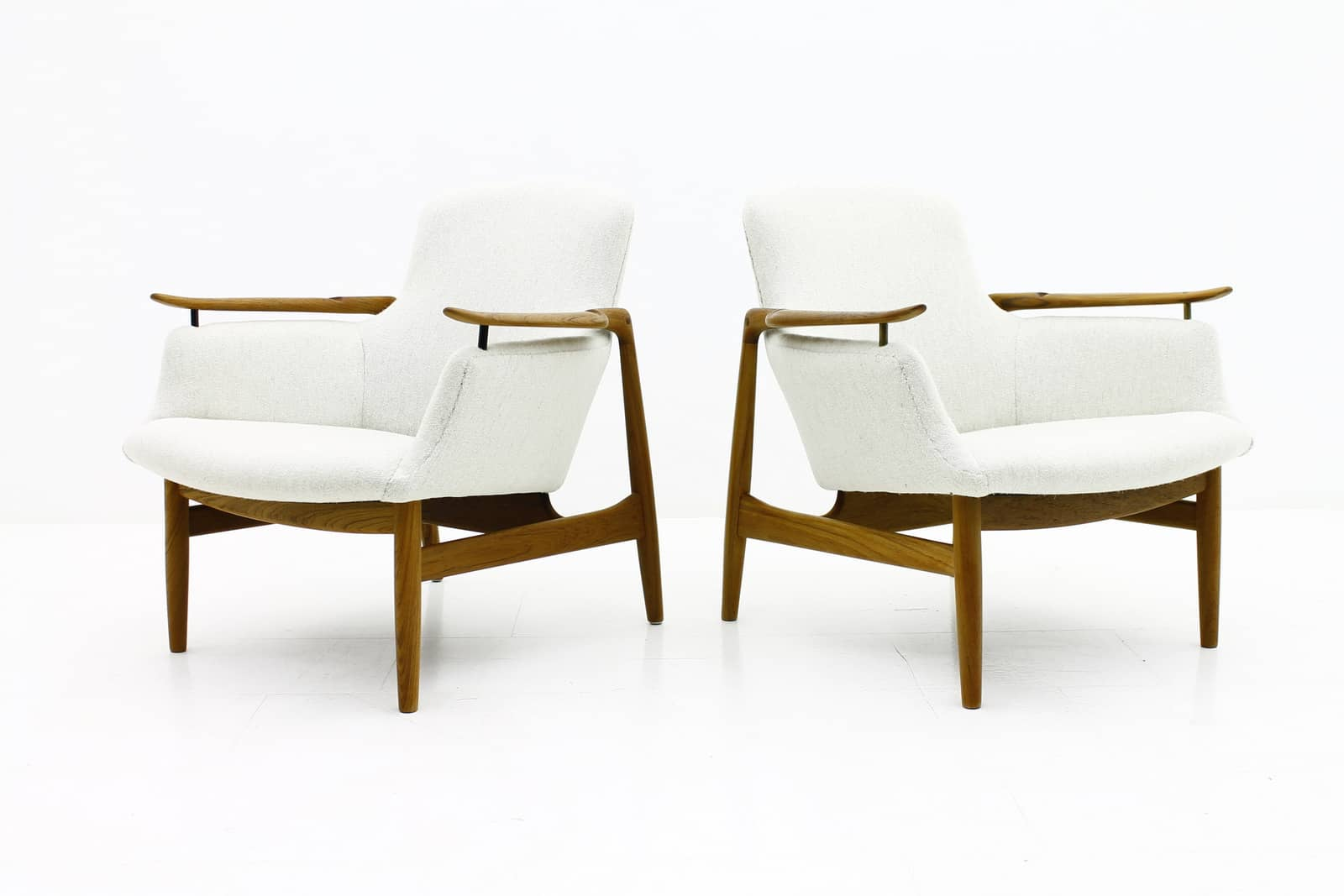 Finn Juhl NV 53, niels vodder, denmark, lounge chairs