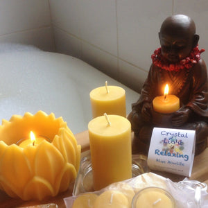 Happy Flame gift pack Relax collection. A special gift pack of beeswax candles... for you.