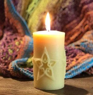 Happy Flame Shining Star beeswax candle