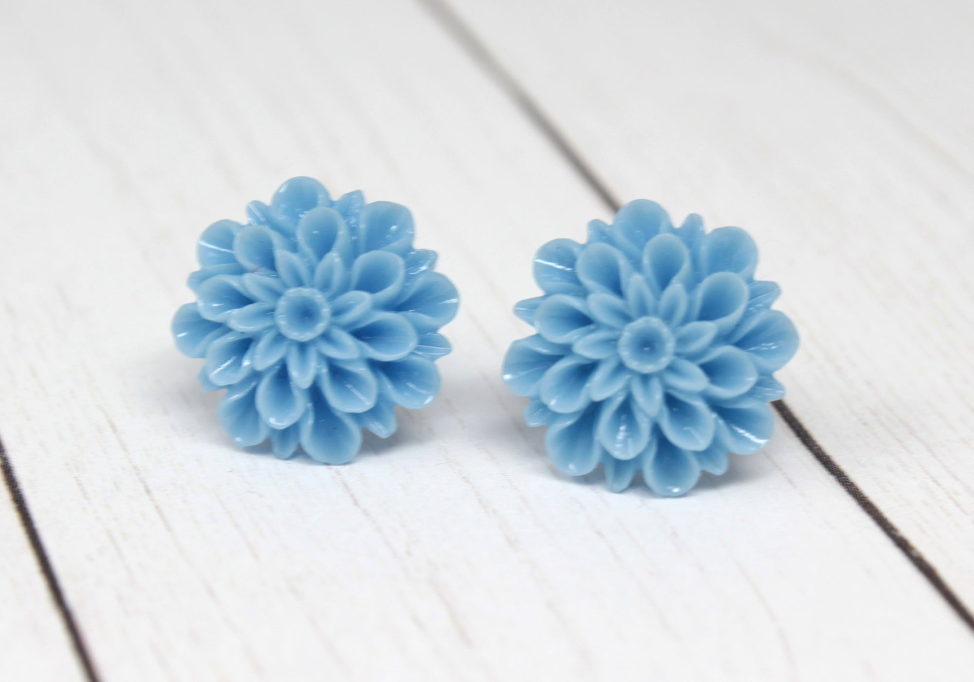 Large Single Bloom Studs ~ French Blue Mums