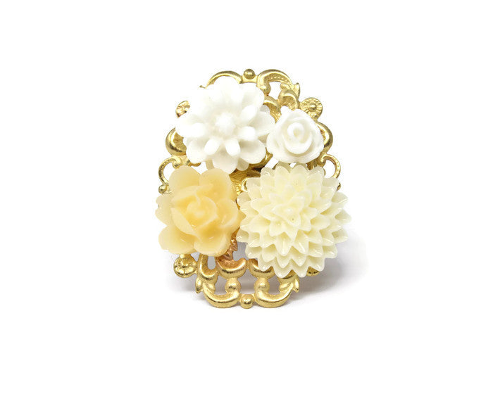 Ring Bouquet ~ Butter Daisy