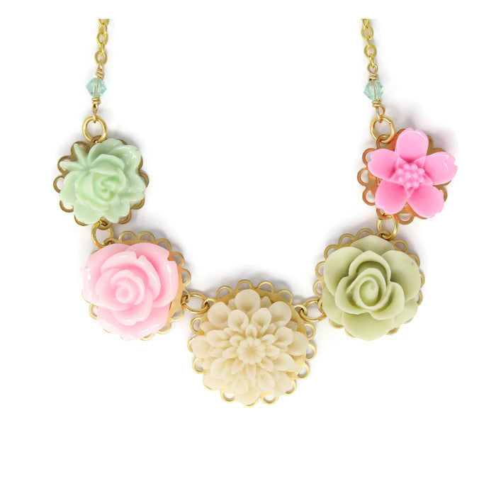 "Necklace Bouquet 20"" ~ Pale English Garden"