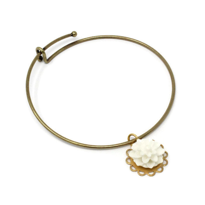 Tiny Petals Layering Bangle ~ White Mum
