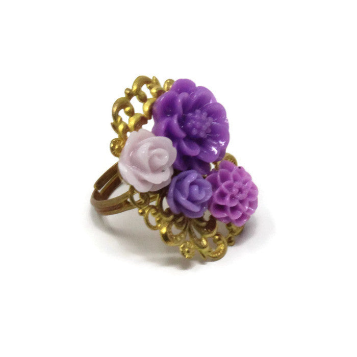 Ring Bouquet ~ Hues of Purple