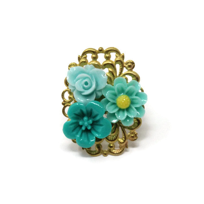 Ring Bouquet ~ Hues of Teal