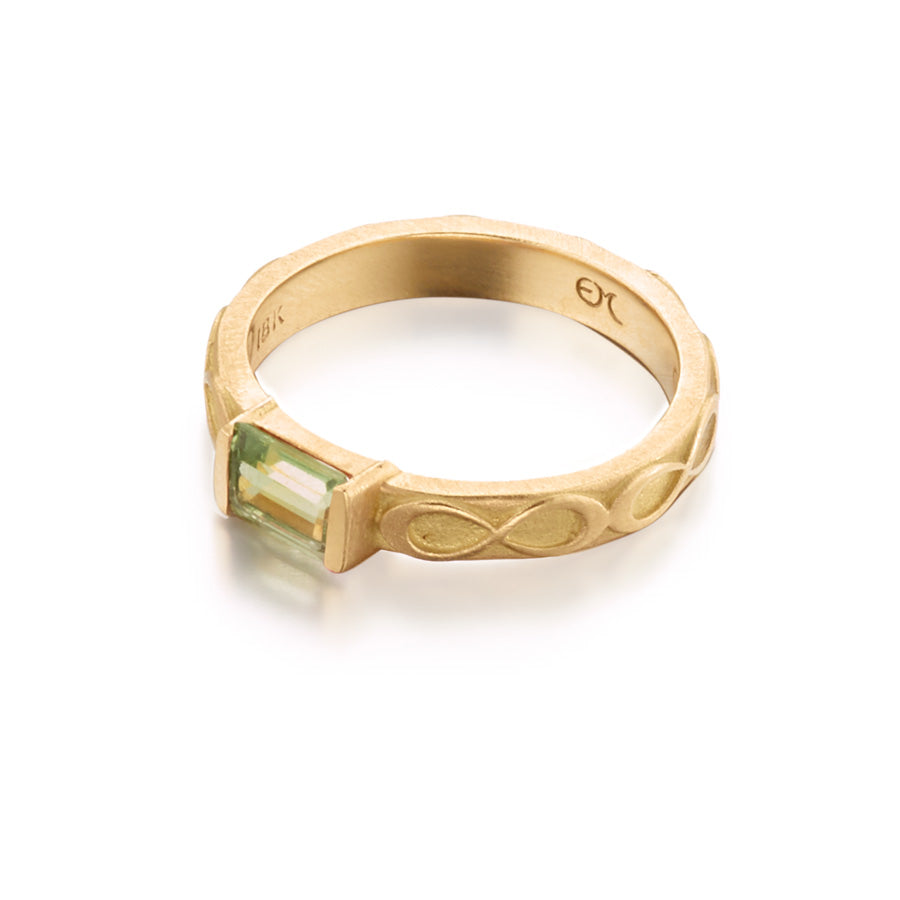 Tsavorite Infinity Rectangle Ring
