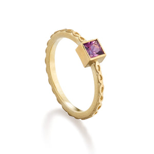 Mauve Spinel Infinity Ring