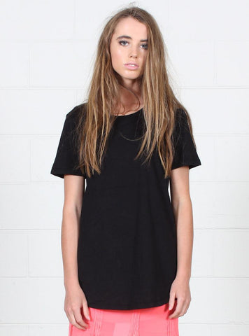 NIGHT TEE BLACK