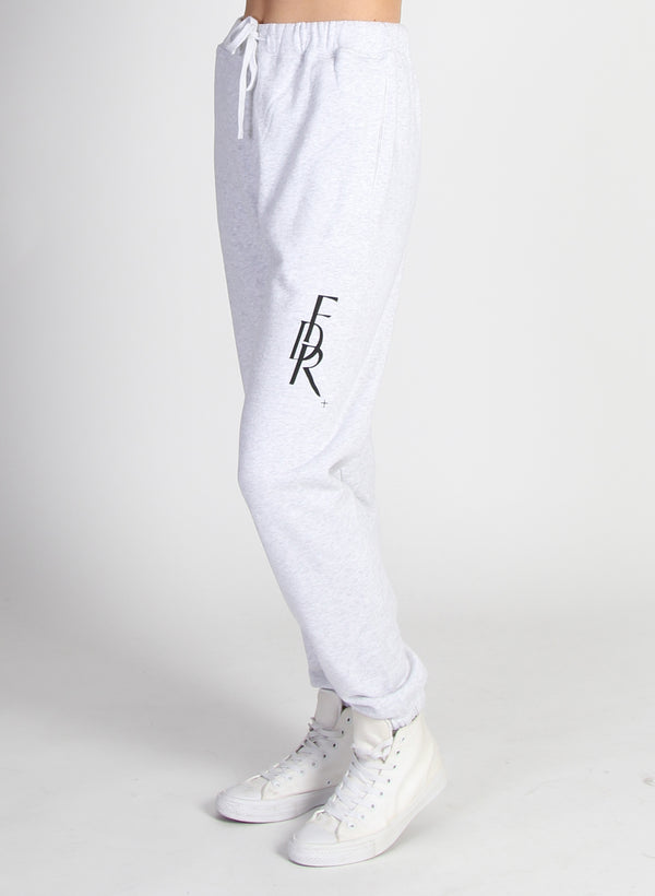 RELAXED TRACKIE - FDR