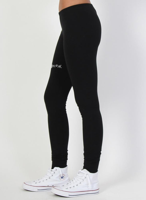 PRE SALE PLAY LEGGING - EMBROIDERED