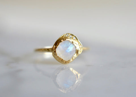 Misa Mini Cove Rainbow Moonstone Ring
