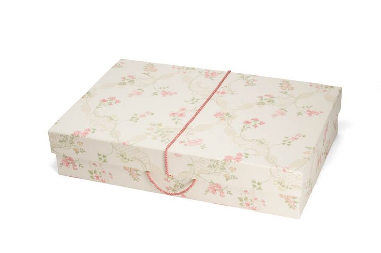 Antionette Wedding Dress Travel Box - Medium