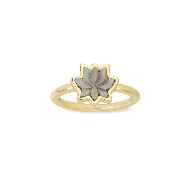 Lotus Ring finish:18k Gold Plated