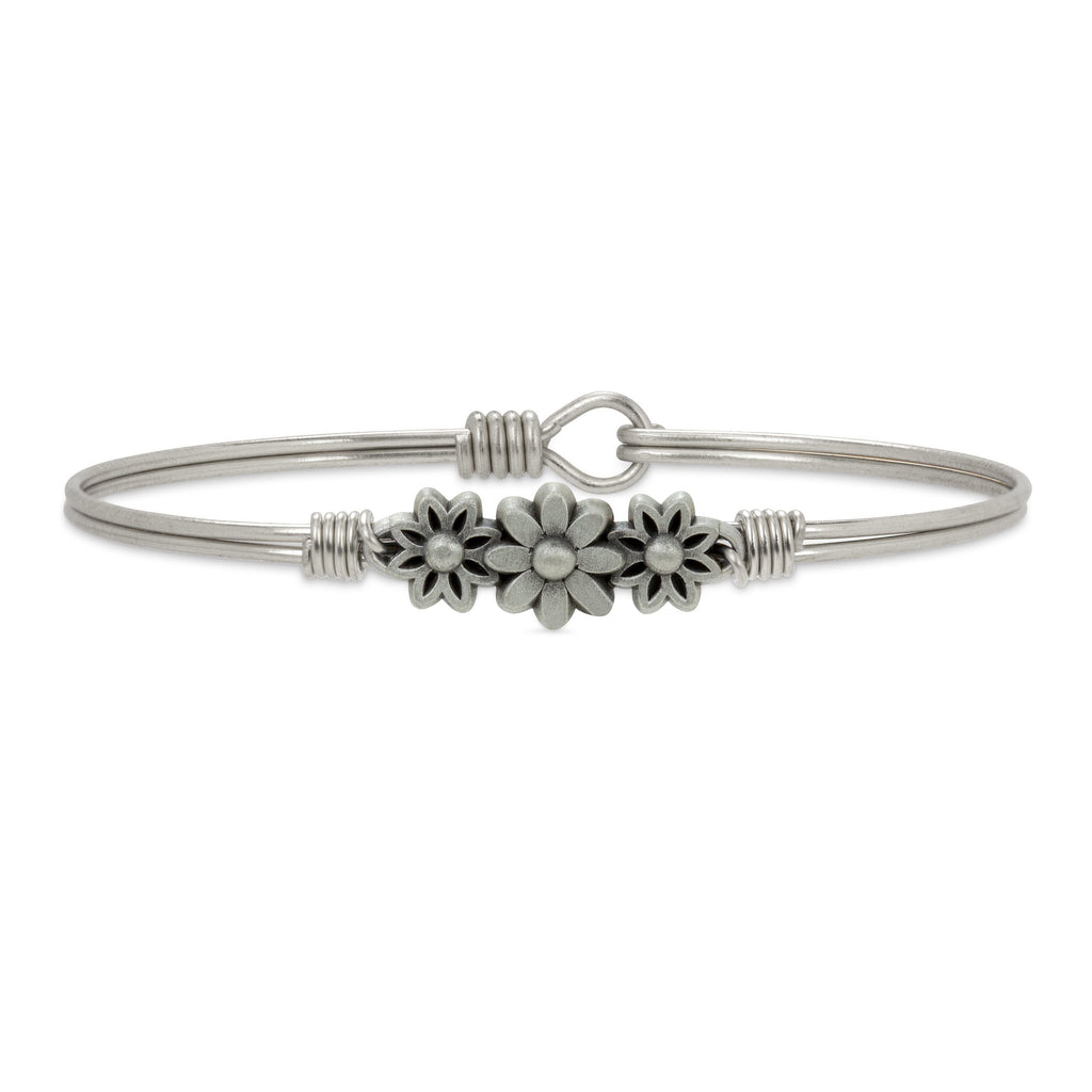 Daisy Bangle Bracelet finish:Silver Tone
