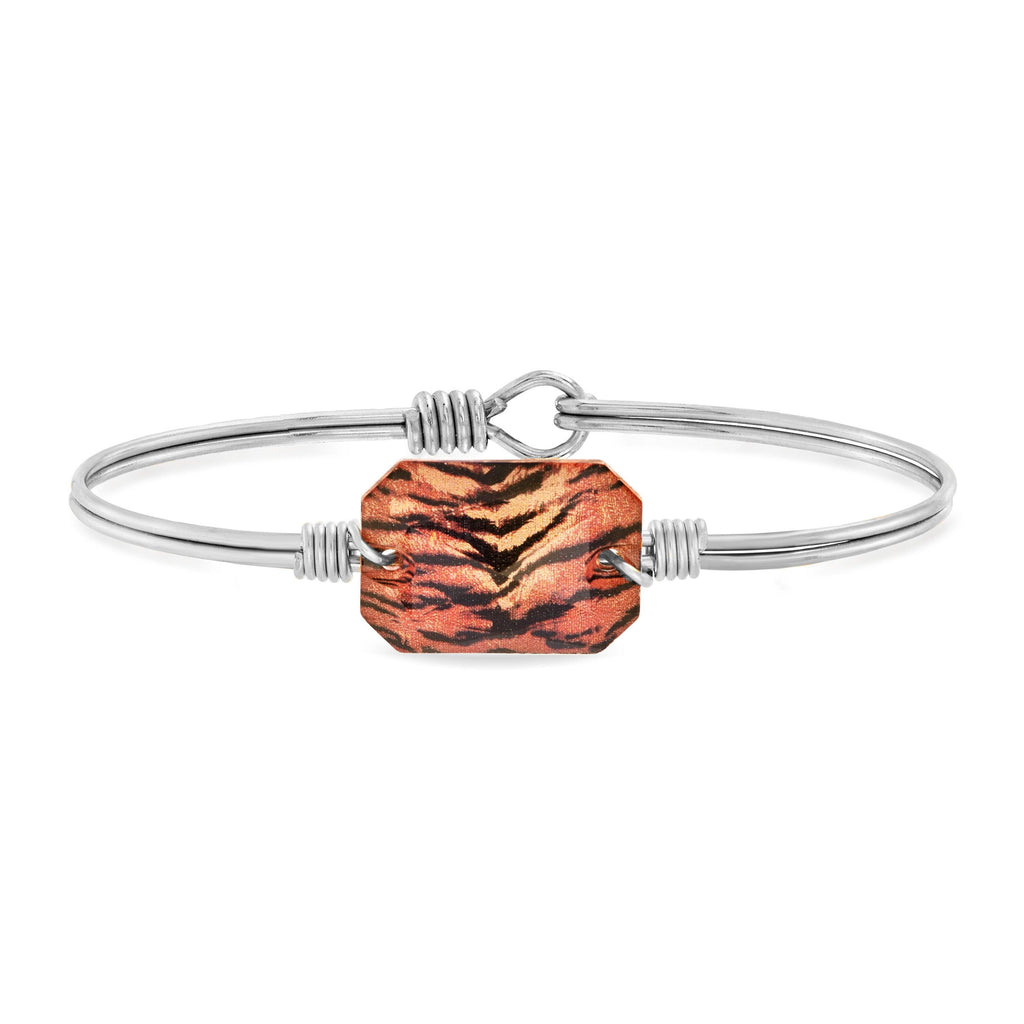 Dylan Bangle Bracelet in Tiger finish:Silver Tone