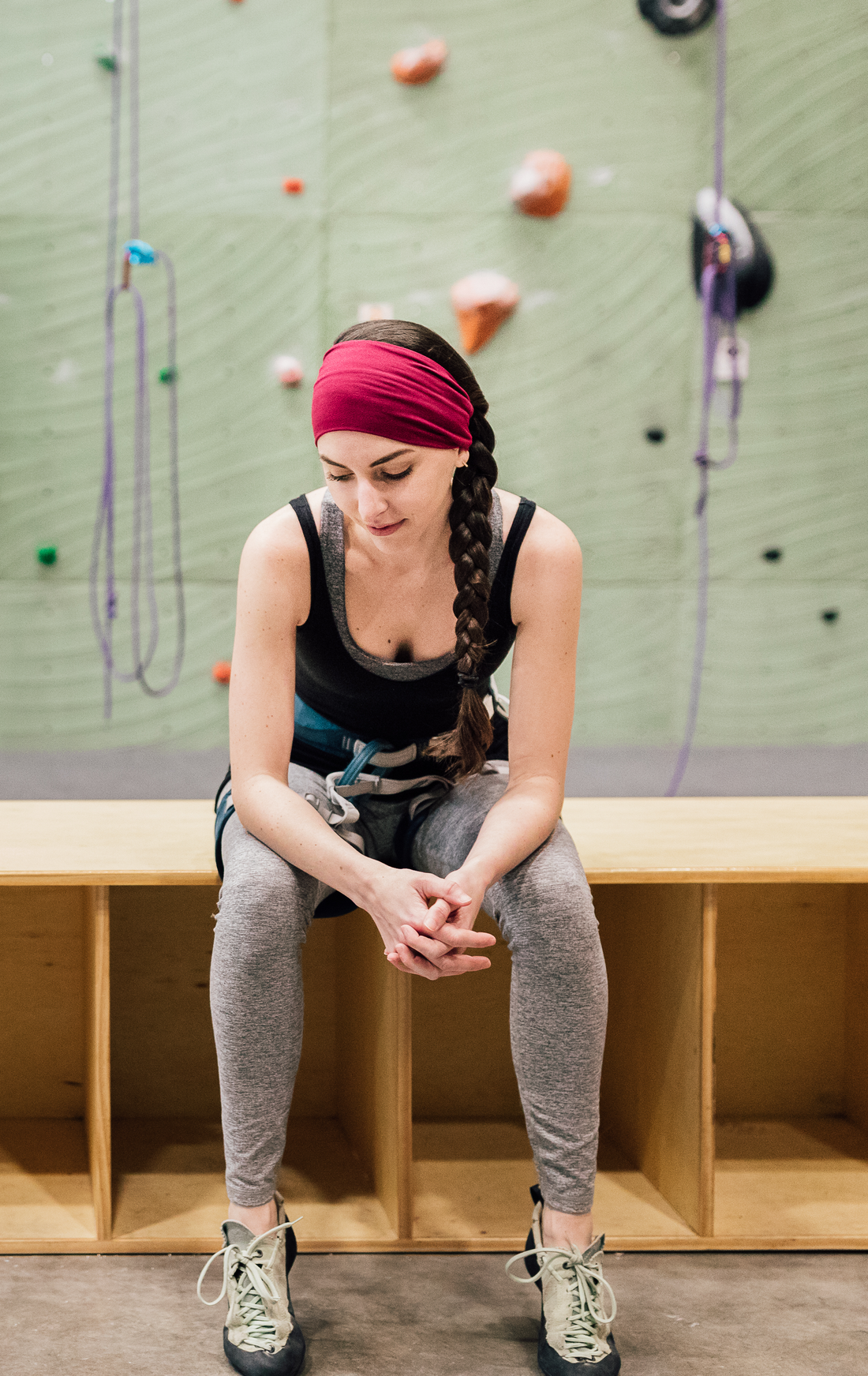 Top 4 Must-Haves for Yoga Class (feat. Oly Band headband)
