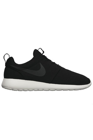 NIKE - ROSHE RUN BLACK 18151