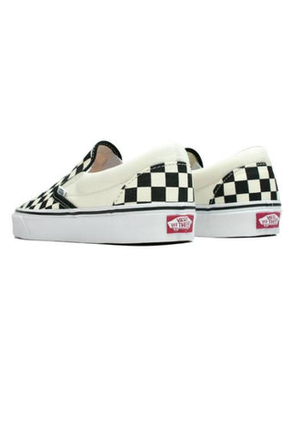 VANS - CLASSIC CHECKERBOARD SLIP ON BLACK/WHITE 1889