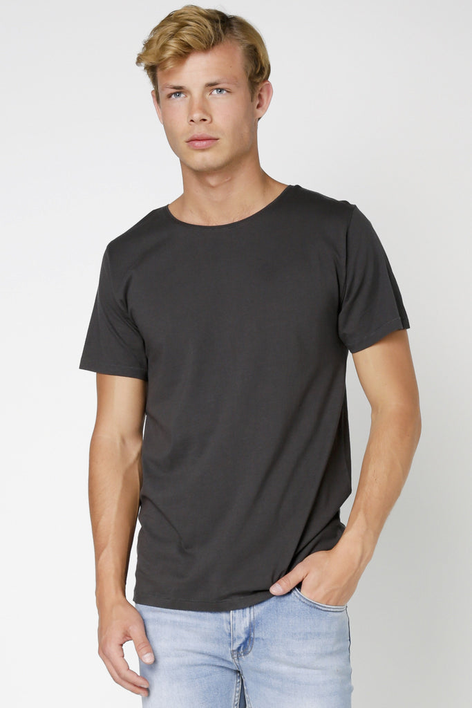 ARTICLE No. 1 - PLAIN MID SCOOP T-SHIRT WASHED BLACK 32572