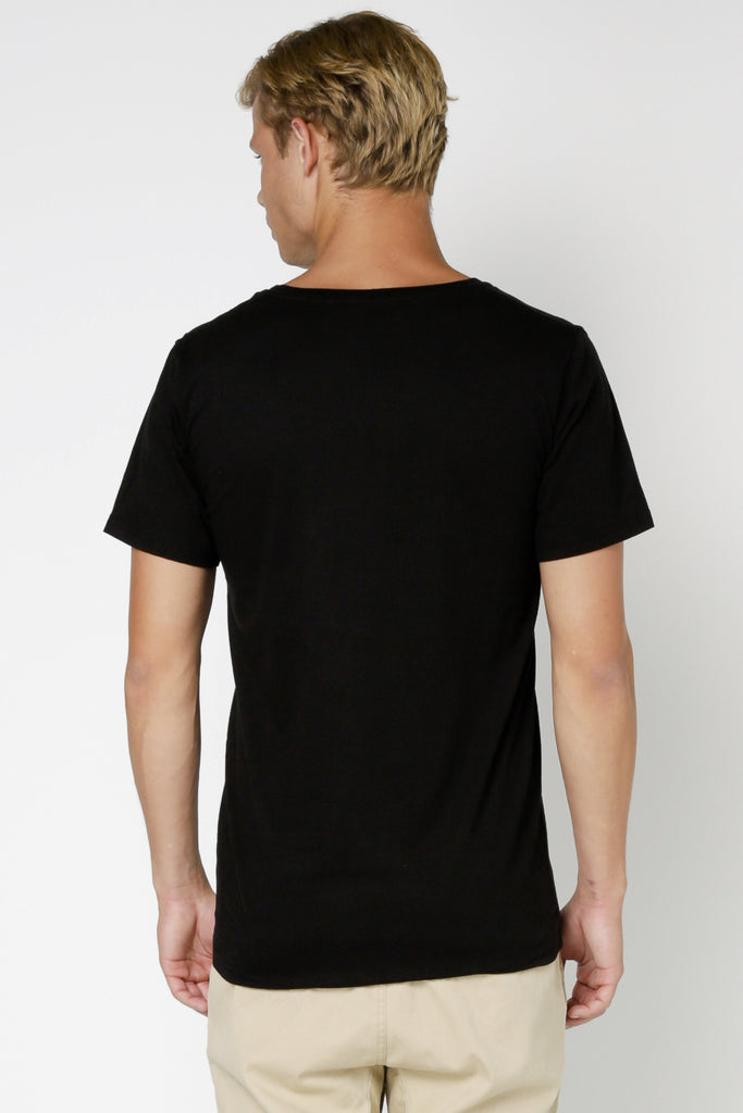 ARTICLE No. 1 - PLAIN V NECK T-SHIRT BLACK 32570