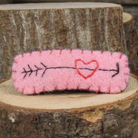hair clip: heart with arrow (pink)
