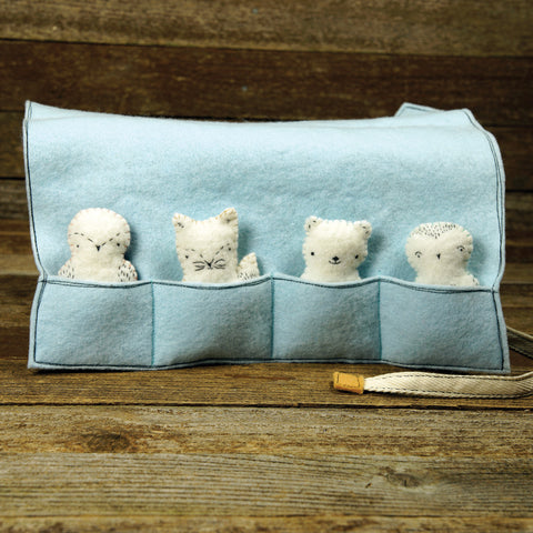 pocket pal play pouch with four pocket pals: arctic