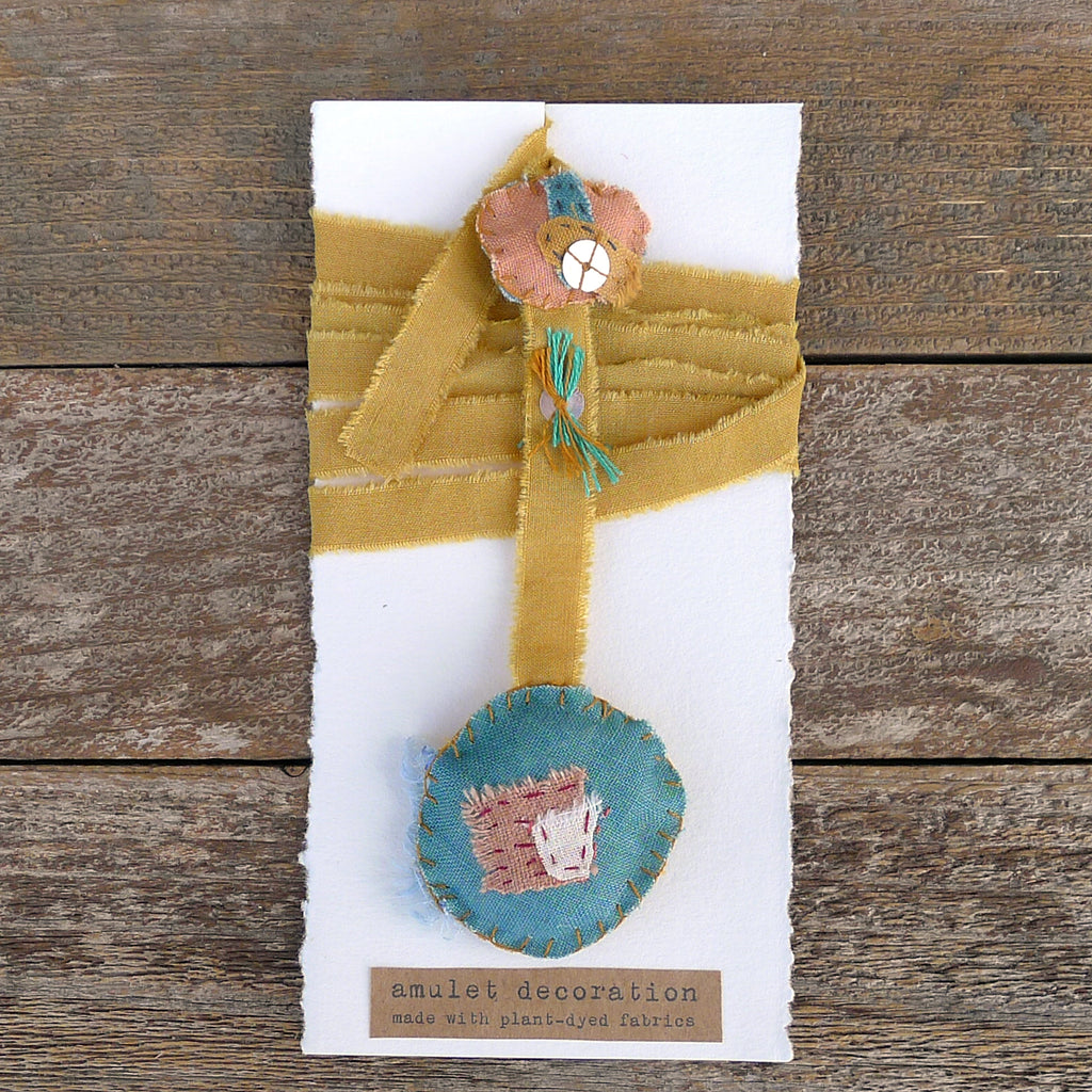 amulet decoration: ochre