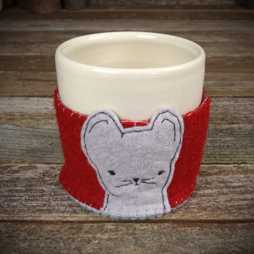cup in cozy: mouse