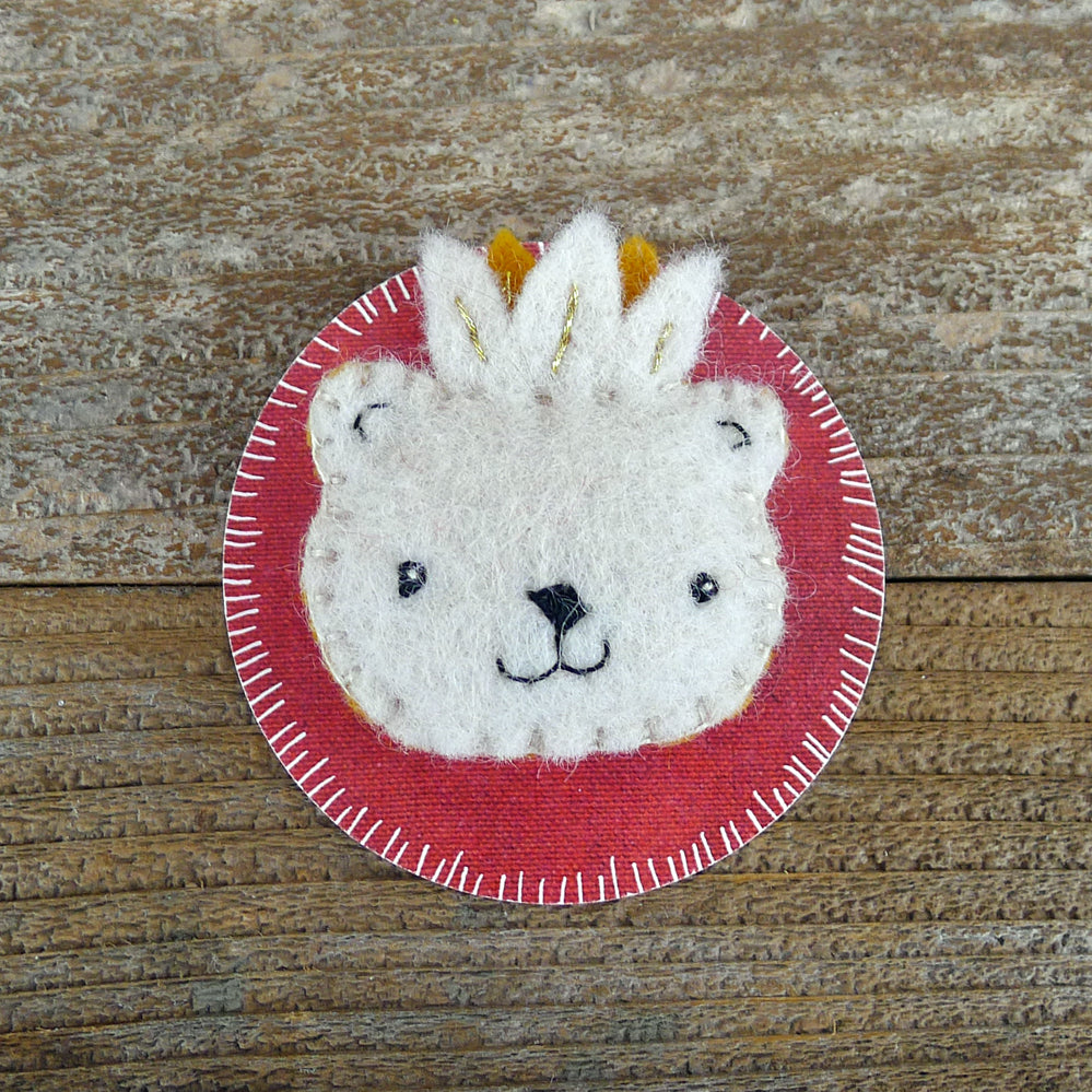 decorative wool pin: bear face