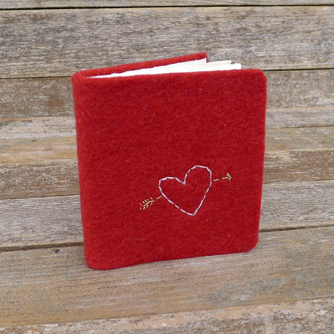 little felt journal: heart