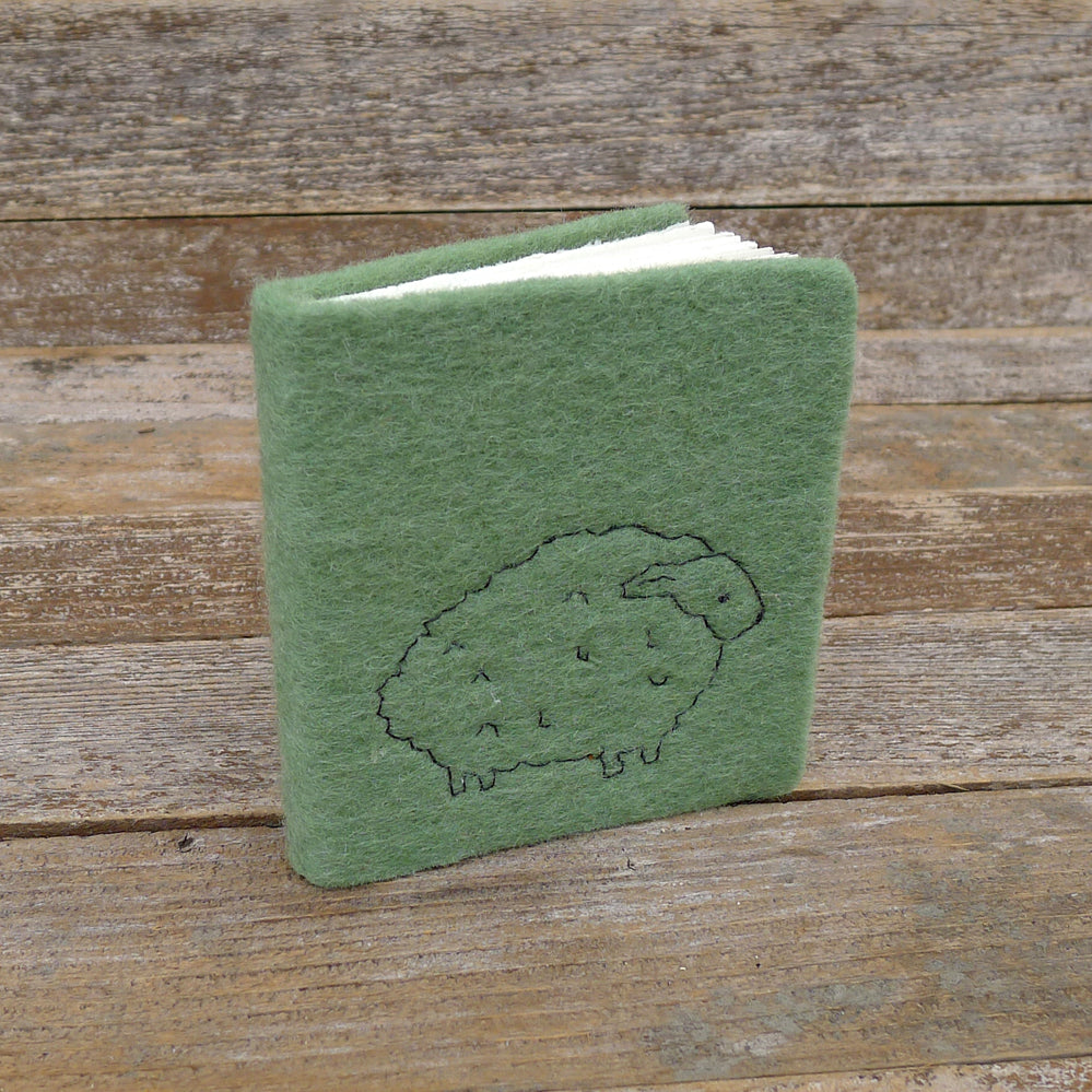 little felt journal: sheep