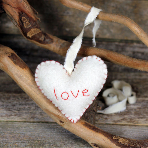 seasonal décor: heart decoration- love