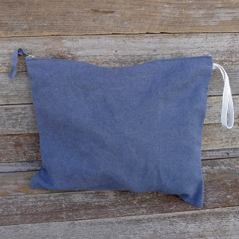 large plant-dyed zipper pouch: charcoal