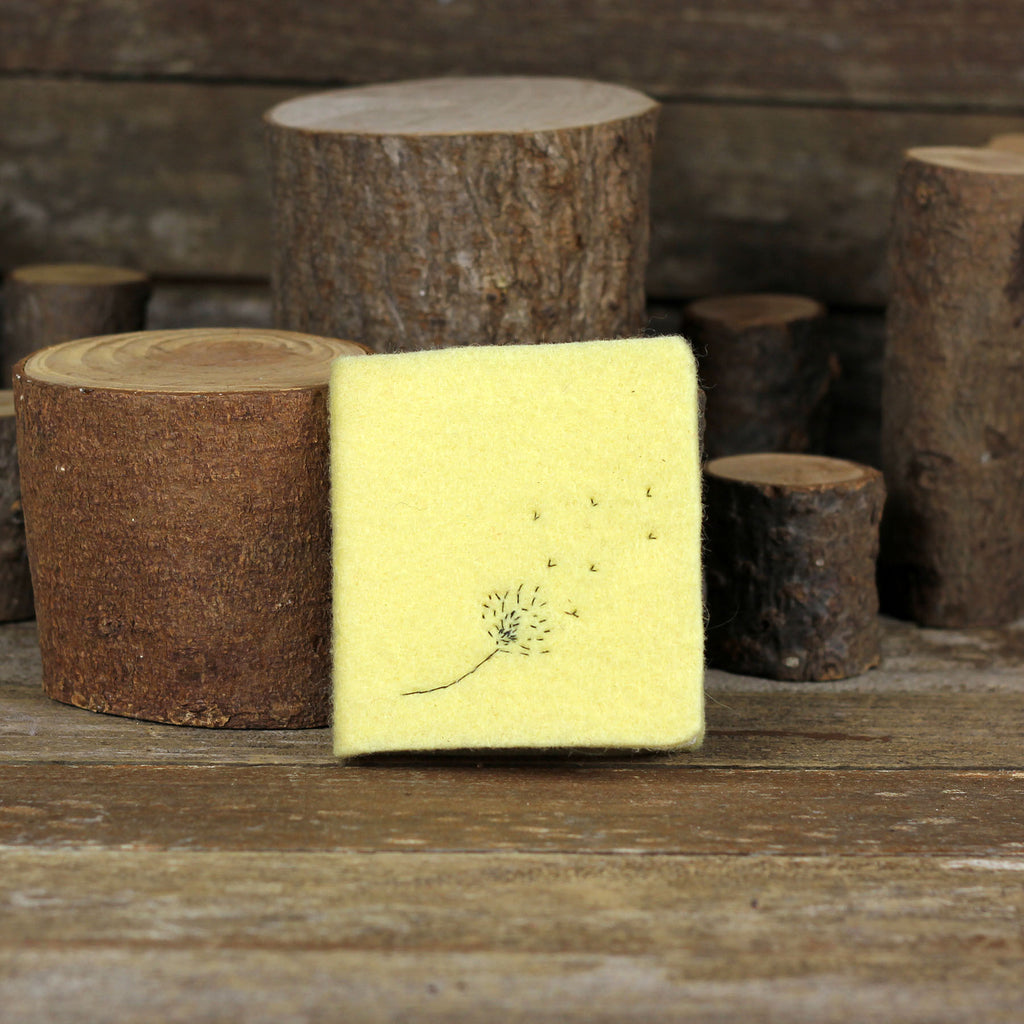 little felt journal: dandelion