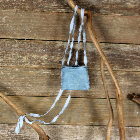 linen treasure pocket with silk strap: blue