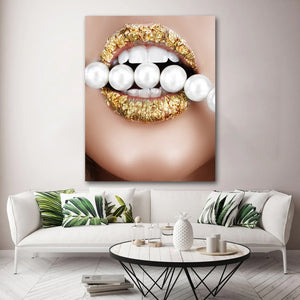 Tablou canvas buze aurii margele albe GOLD LIPS WHITE BEADS