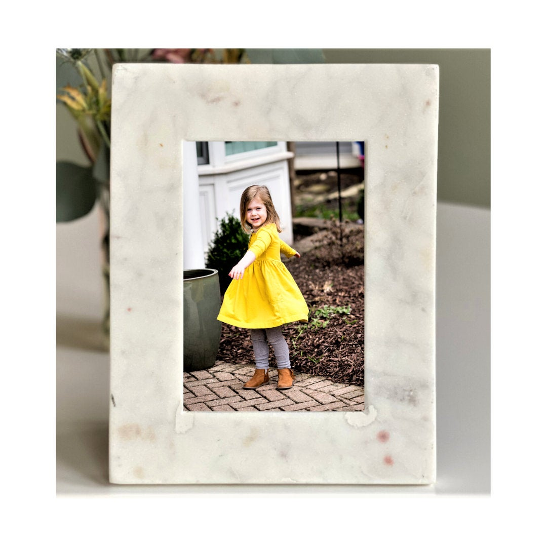 Marble Picture Frame (4x6)