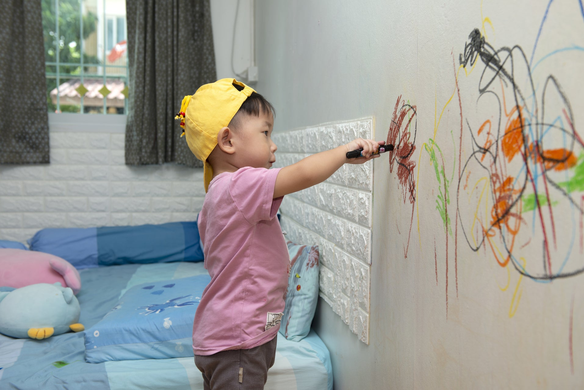The Best Ways to Get Crayons off Floors and Walls: Hacks 101