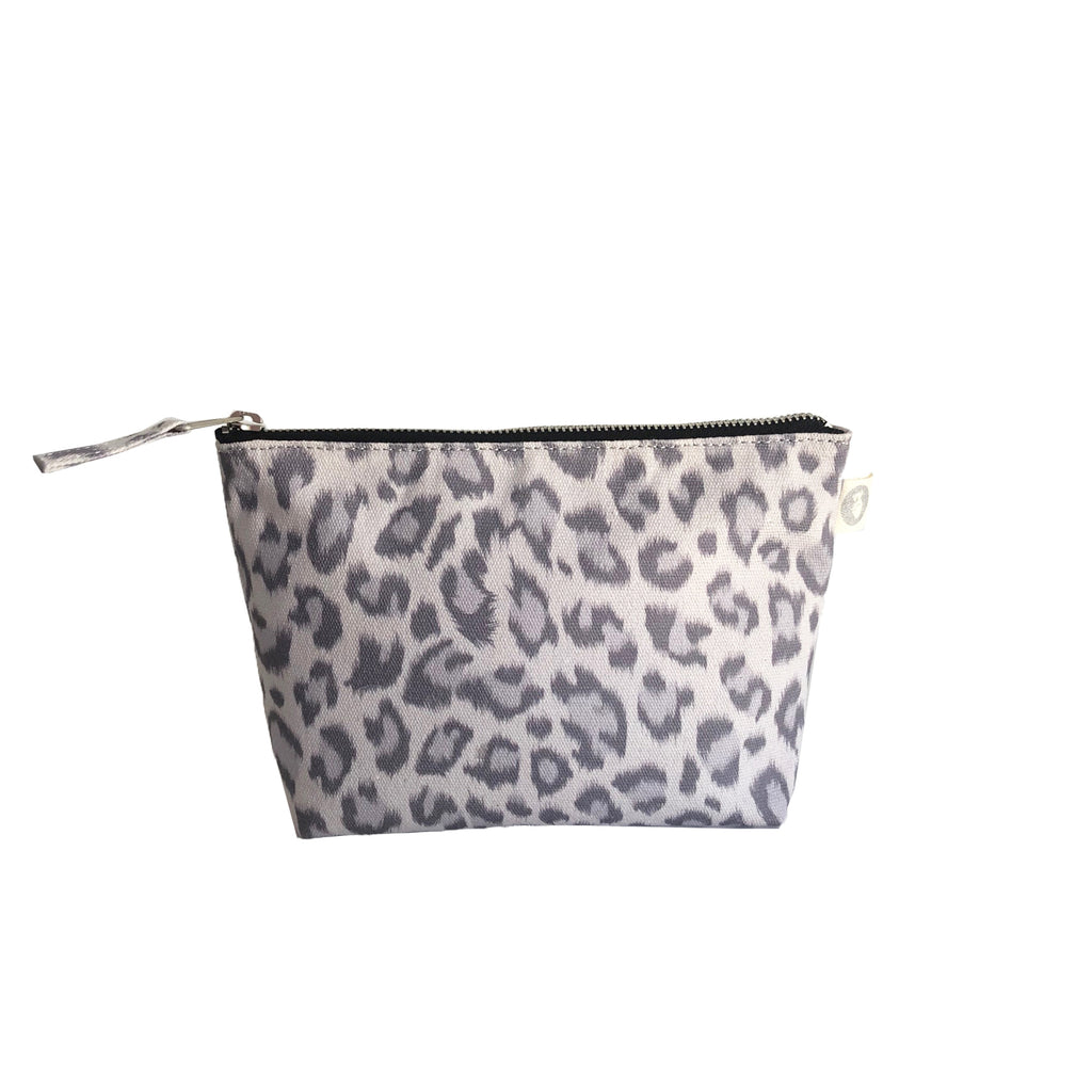 Makeup Bag: Grey Leopard