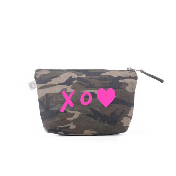 Makeup Bag: Green Camouflage - Pink Matte XO Heart