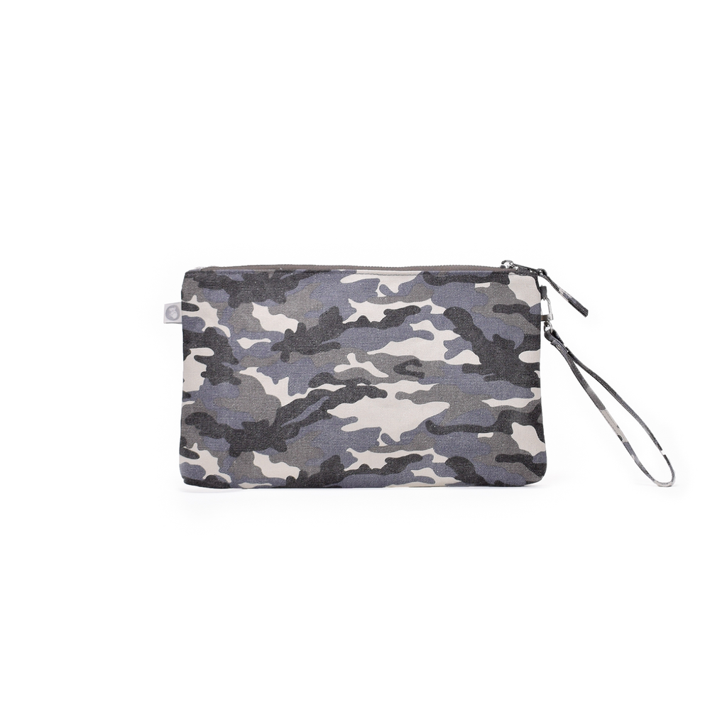 Luxe Clutch with Wristlet: Grey Camo