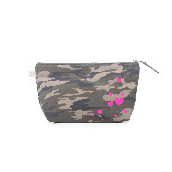 Scatter Hearts: Clutch Bag Green Camo with Neon Pink