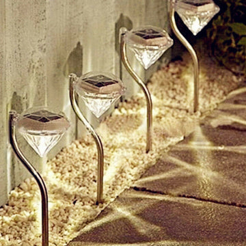Solar Powered Garden Diamond Light