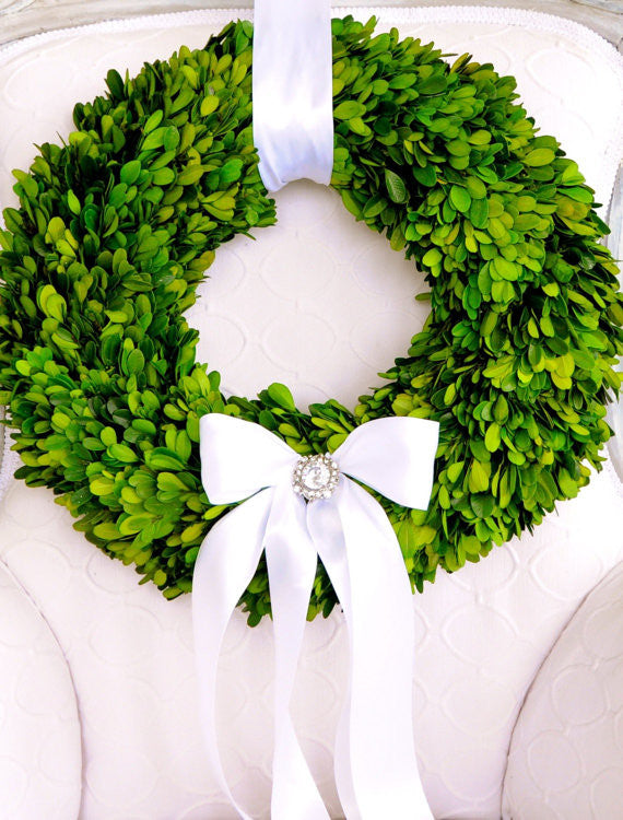 O&F Boxwood Wreaths ~ Wedding Décor For All Seasons!