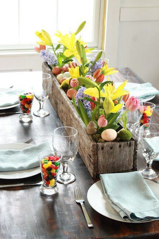 easter table, table linens, flowers