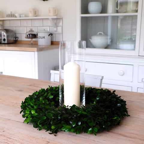 boxwood wreath, easter table, table tops