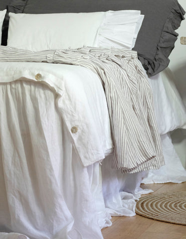 linen bedding, bed linen, ruffled linen, euro shams, linen