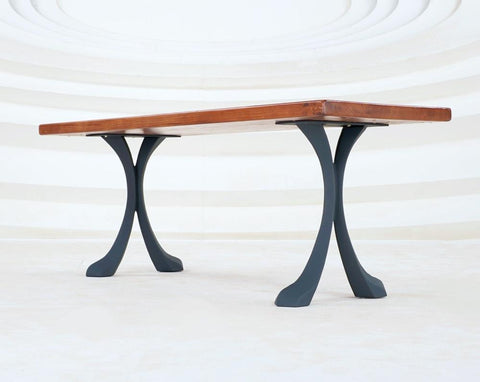 The Xeni Table legs