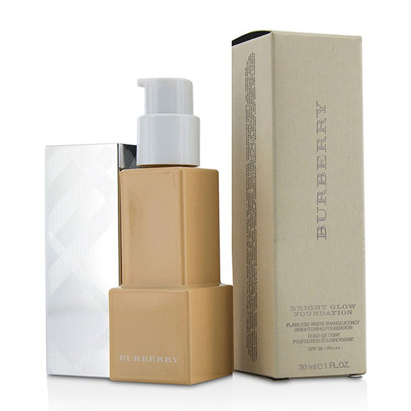Burberry Bright Glow Flawless White Translucency Brightening Foundation SPF 30 - No. No. 20 Ochre 30ml/1oz