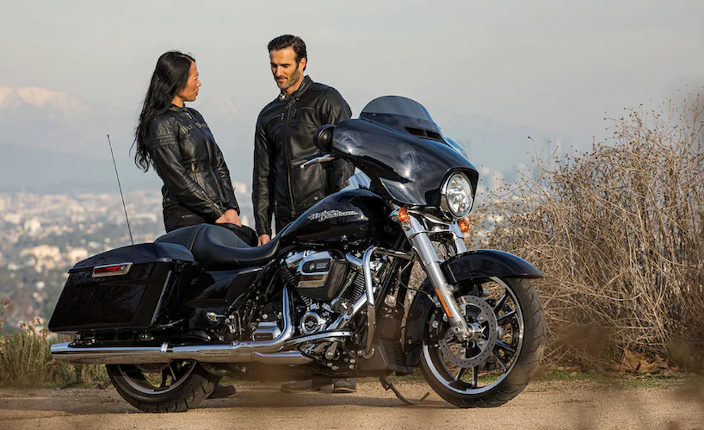 2020 Harley-Davidson Street Glide with parts and accessories from Kraus Motor Co., Rockford Fostgate, Slyfox Performance, Klockwerks and more.